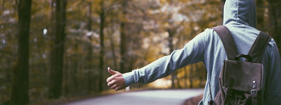 dlaczego_nie_warto_zabierać_autostopowiczow_jaktodaleko_blog_podroze