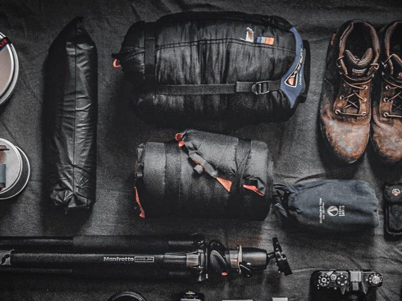sprzet-buty-plecak-statyw-podroz-bagaz