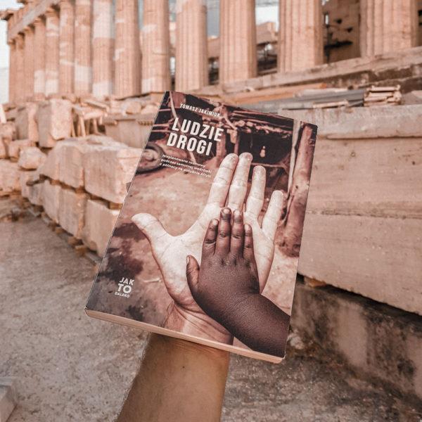 akropol-grecja-podroze-ludzie-drogi-ksiazka-w-podrozy.jpg-4